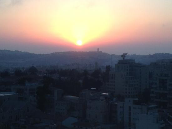 Windows of Jerusalem Vacation Apartments: Sunrise from our apt at Windows Of Jerusalem
