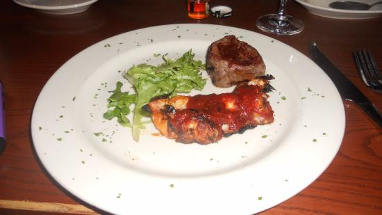 Cool River Cafe: Bacon wrapped shrimp and filet