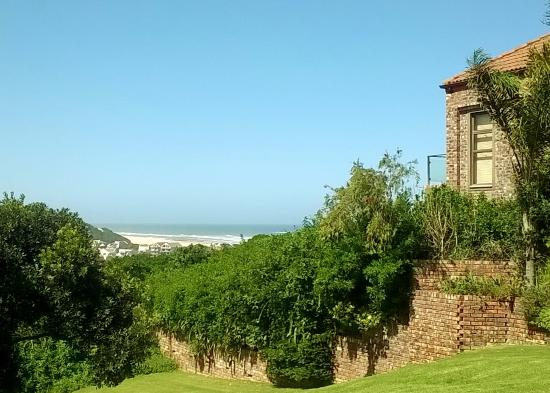 Panorama Guest House: View of the Beach