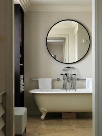 The Westbury: Westbury Luxury Suite Bathroom