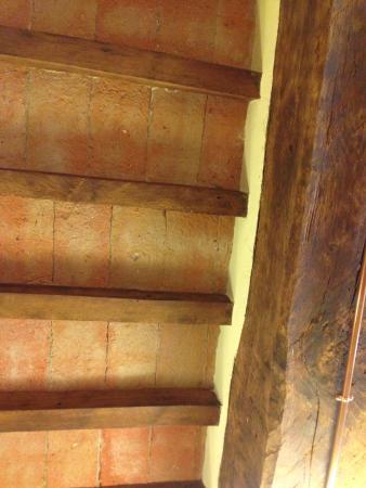 Antica Trattoria L Aquila : Потолок