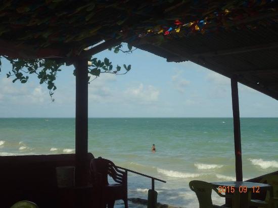 Ponta de Pedras, PE: Bar Murro no Olho - comidinhas tipicas da praia e cerveja bem gelada