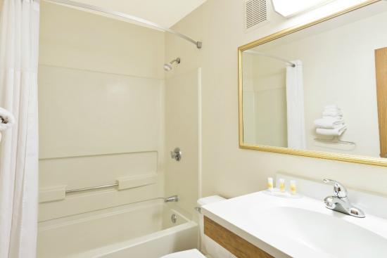 days inn by wyndham brunswick bath area 85 1 1 5 updated rh tripadvisor com