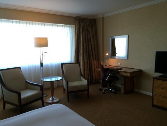 bedroom picture of hilton paris charles de gaulle airport tremblay
