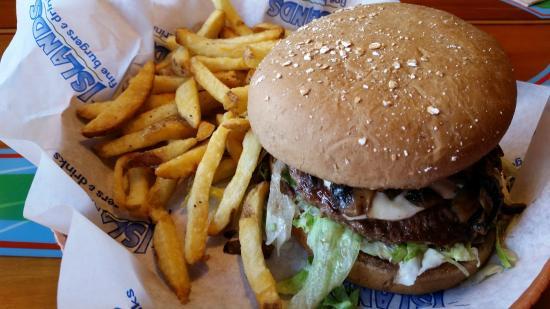 Islands: HUGE Burgers!