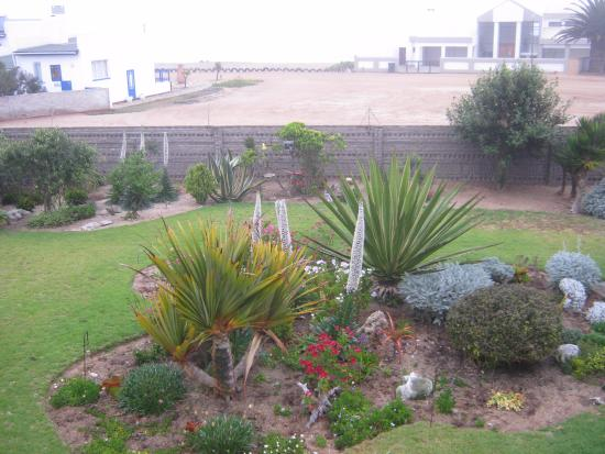 Hentiesbaai, Namibia: il piccolo giardino interno