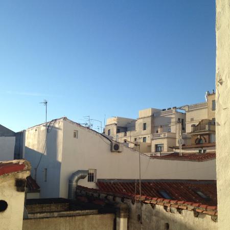Apartamentos Happy Madrid Hortaleza Condominium Reviews
