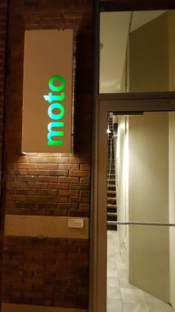 Moto entrance