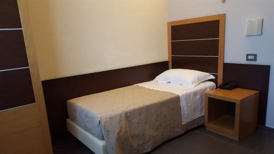 Hotel Vittoria: Interior Habitación