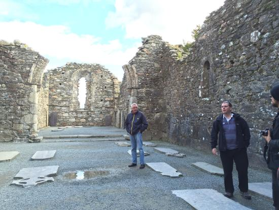Over the Top Tours : The cathedral at Glendalough