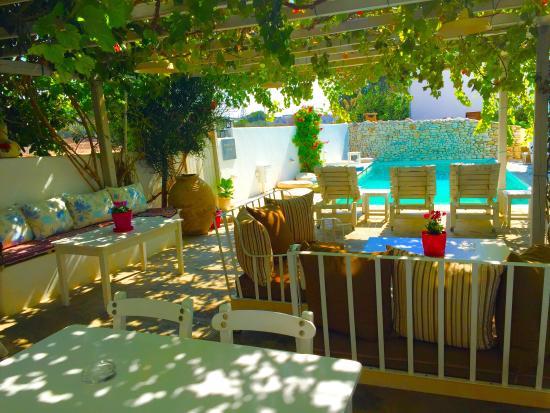 Afrodite boutique hotel paros aliki gr ce voir les for Boutique hotel paros