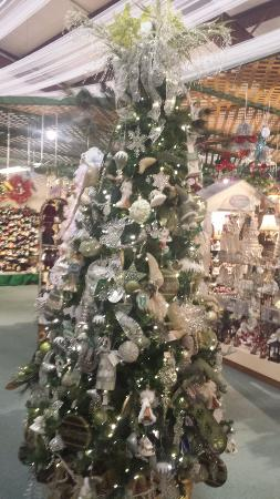 the christmas factory - Christmas Decorations Factory Outlet