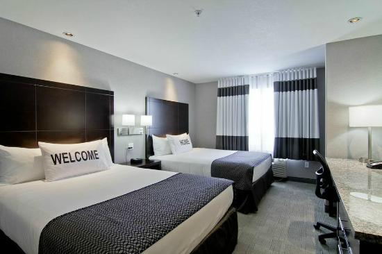 Home Inn & Suites Regina Airport