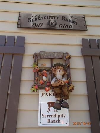 Oak Glen, CA: Fall sign