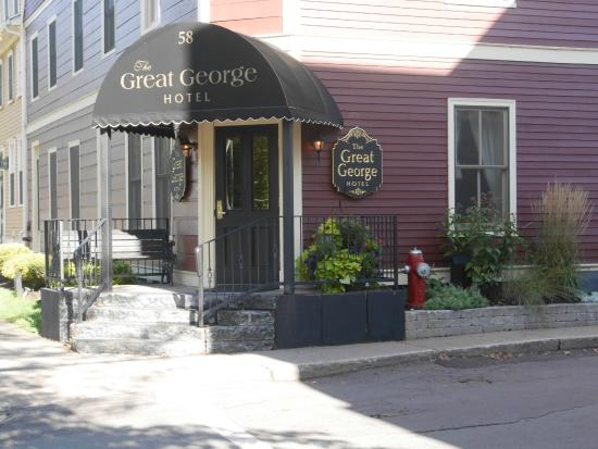 The Great George: Front entrance