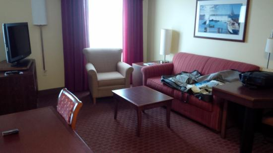 Residence Inn Newport / Middletown: Living Room area