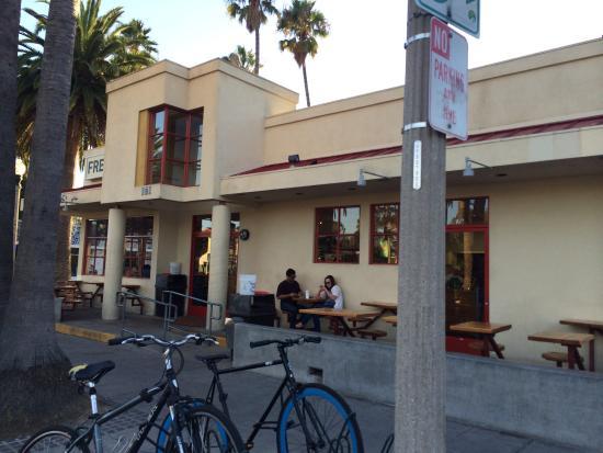 Freebird's World Burrito: Front of restaurant