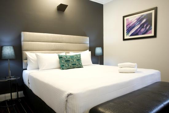 Hotel Challis