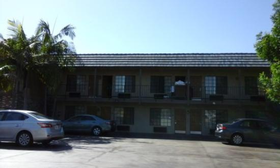 Front View Picture Of Best Western Westminster Inn