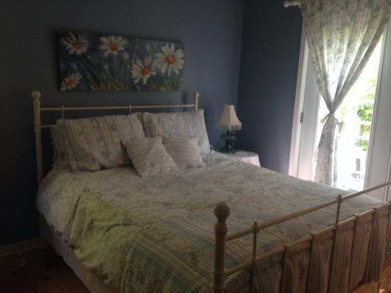 La Chaumiere de l' Anse: princess bed