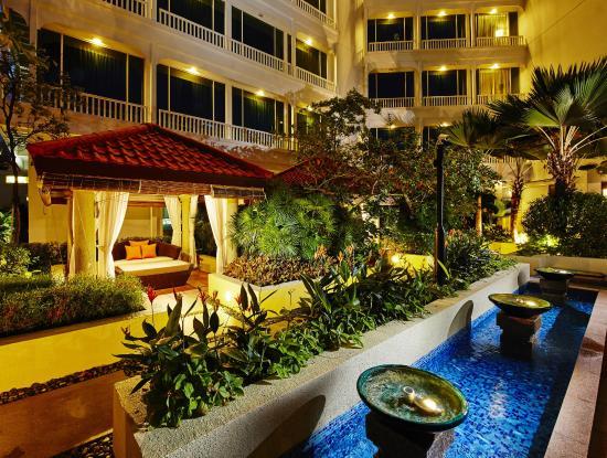 Park Hotel Clarke Quay: Private Cabanas
