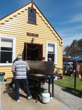 Talbot, Australië: Community Sausage Sizzle