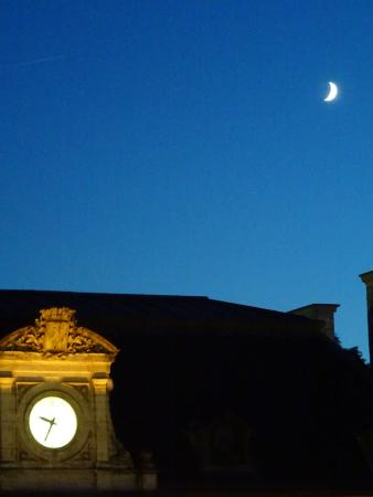 Grand Hôtel Brive: the moon rising above the station as seen from my room