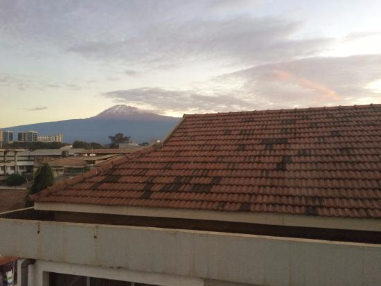 Moshi Leopard Hotel: View of Kili from room