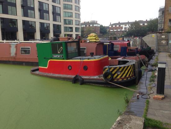 London Canal Museum: Bantam IV narrowboat tug