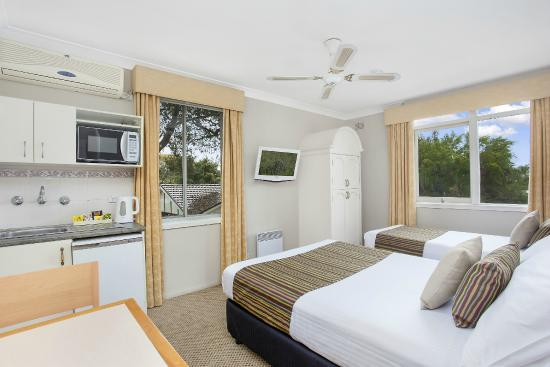 Boronia Lodge Burwood: Superior Suite (Max.3ppl)
