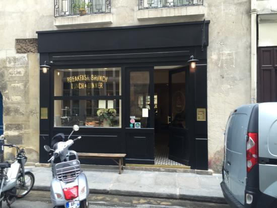 Exteri r photo de la petite table paris tripadvisor - La petite table eygalieres ...