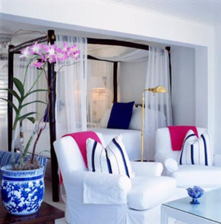 Round Hill Hotel & Villas: Oceanfront Hotel Room