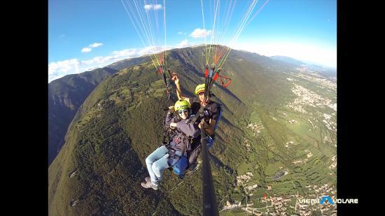 Semonzo, อิตาลี: volo d'alta quota ...panorana mozzafiato !