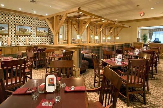 Hilton Kansas City Airport: Restaurant