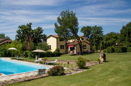 Citerna, Włochy: lato piscina