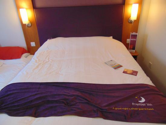 Premier Inn Runcorn Hotel: Premier Inn Runcorn Family Room
