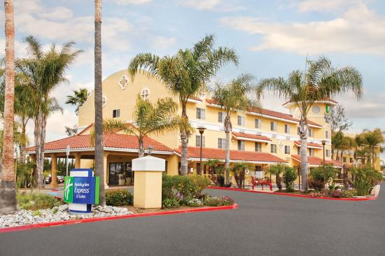 Photo of Holiday Inn Express San Diego - Escondido