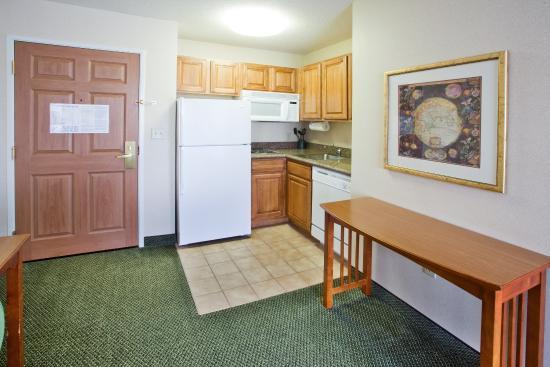 Staybridge Suites Grand Rapids/Kentwood: Room Feature