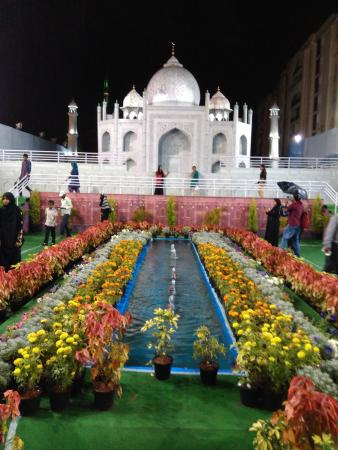 Taj Mahal - Replica in Bangalore