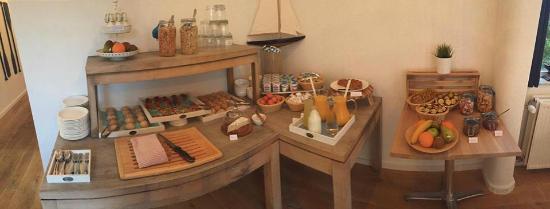 Avenue Beach Hotel: Ontbijt buffet