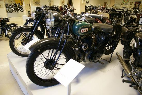 Eds MC- and Motormuseum for veteran motorbikes: Te veel om op te noemen