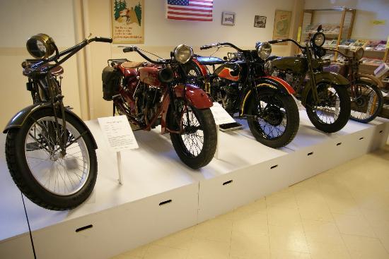 Eds MC- and Motormuseum for veteran motorbikes: Impressie van de collectie