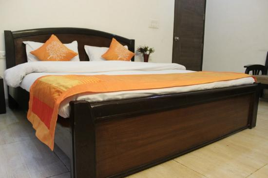 OYO Rooms Noida Electronic City Sector 72