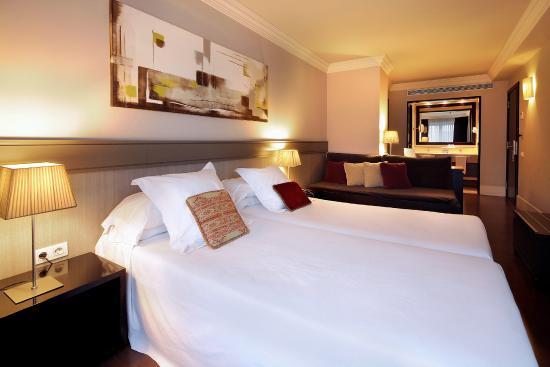 Condado Hotel Barcelona: Superior room