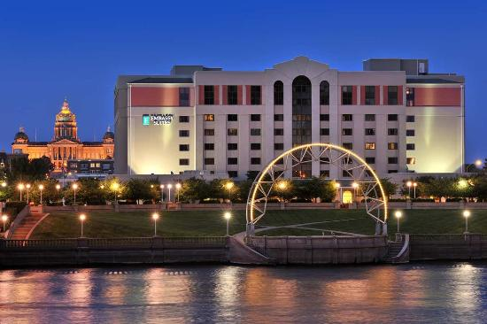 Photo of Embassy Suites Hotel Des Moines Downtown