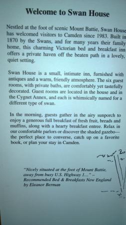 Swan House Bed & Breakfast: Swan house description