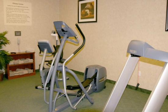 Hampton Inn Taos: Fitness Center