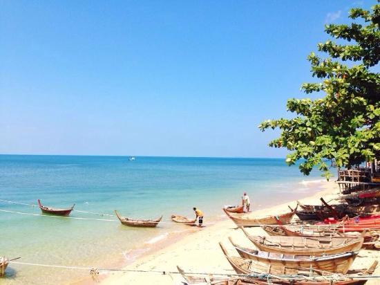 克隆孔海滩