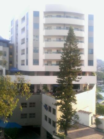 Hotel Plaza del Libertador : Vista desde terraza de habitación