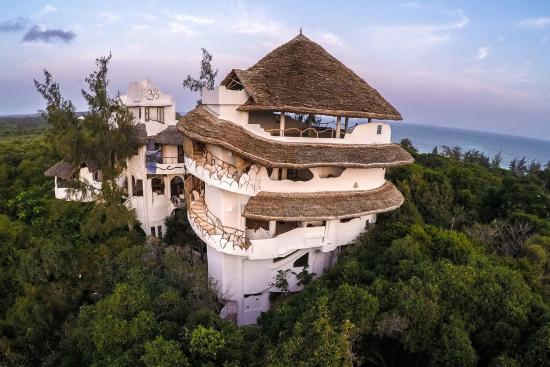 Yoga at Watamu Treehouse